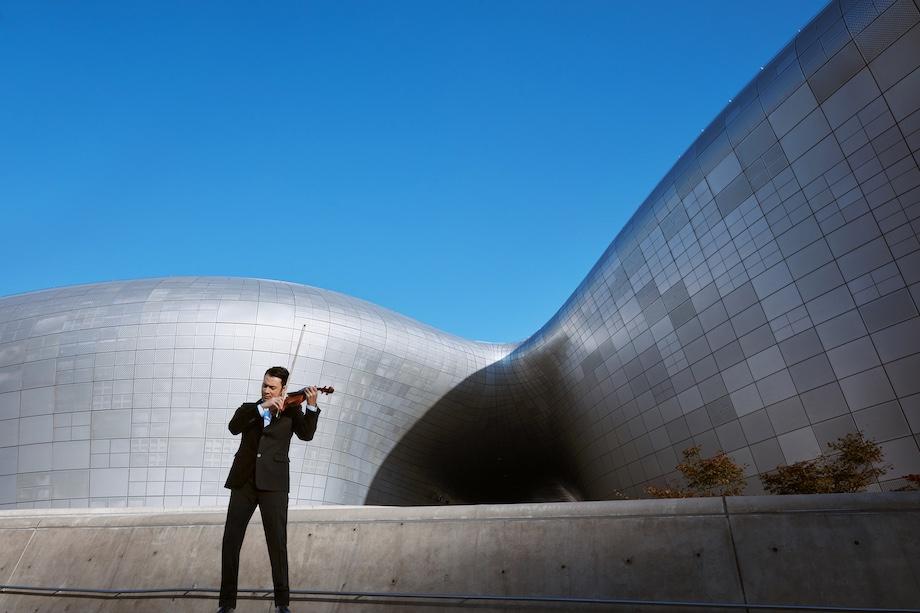FENDI Renaissance Anima Mundi in Soul / DDP: Dongdaemun Design Plaza